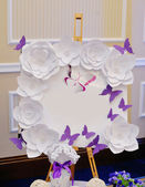 Beautiful wedding board with paper flowers frame — Stock Photo