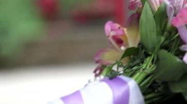 Beautiful wedding bouquet on the table — Stock Video