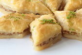 Homemade Turkish baklava with walnut — 图库照片