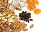 Verschillende noten en gedroogde vruchten — Stockfoto