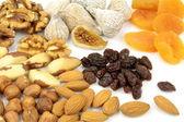 様々 なナッツとドライ フルーツ — ストック写真