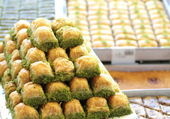 Delicious Turkish baklava — Stock Photo