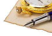 Saat ve kalem, parşömen — Stok fotoğraf