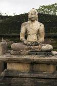 Meditating Buddha statue at Polonnaruwa, Sri Lanka — Stock Photo