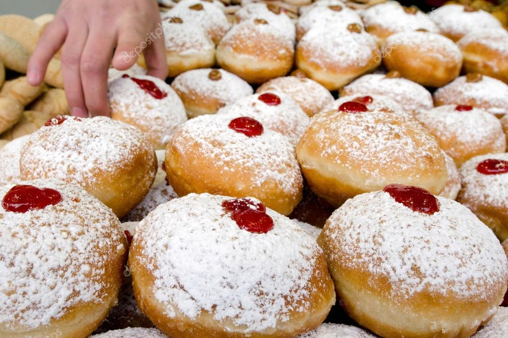 Chanukah Jewish Holiday Food - Sufganiot Donuts — Stock Photo ...