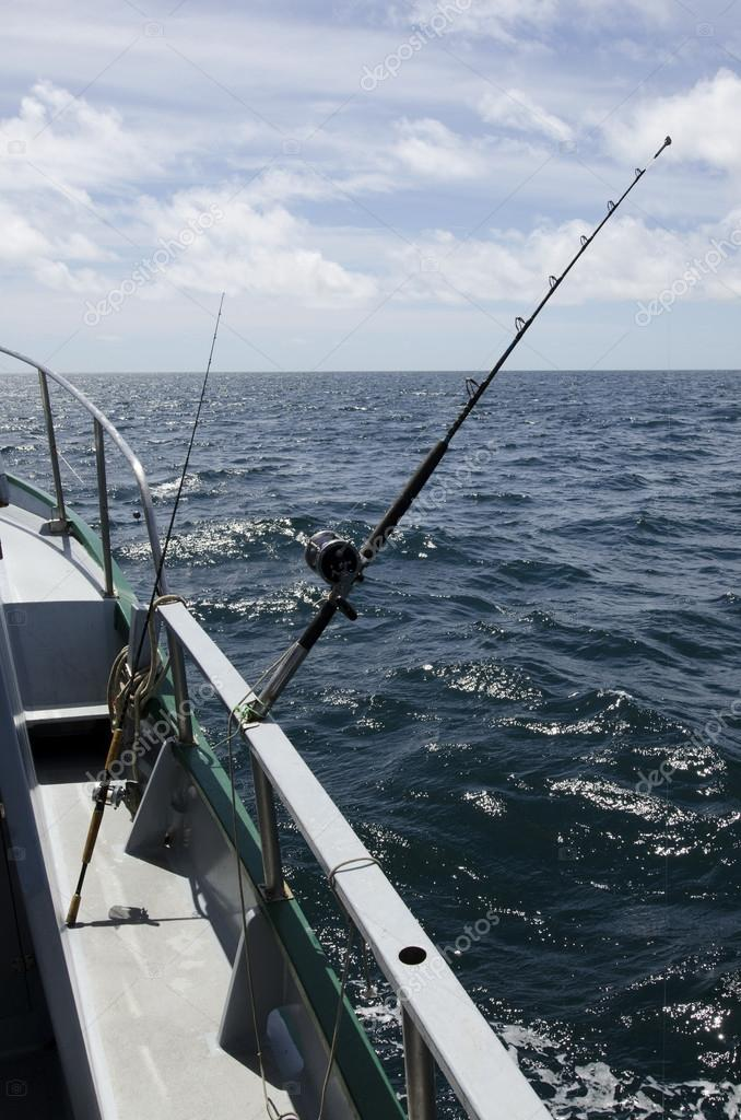 Handle rod and reels for saltwater fishing. — Stock Photo #14939517