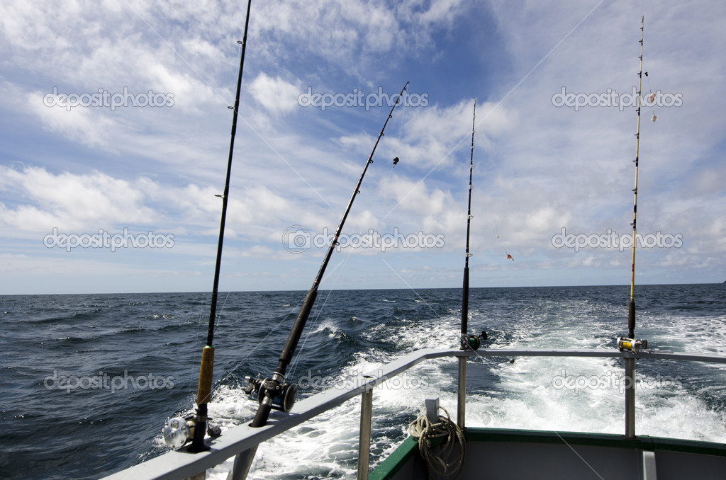 Handle rod and reels for saltwater fishing. — Stock Photo #14939521