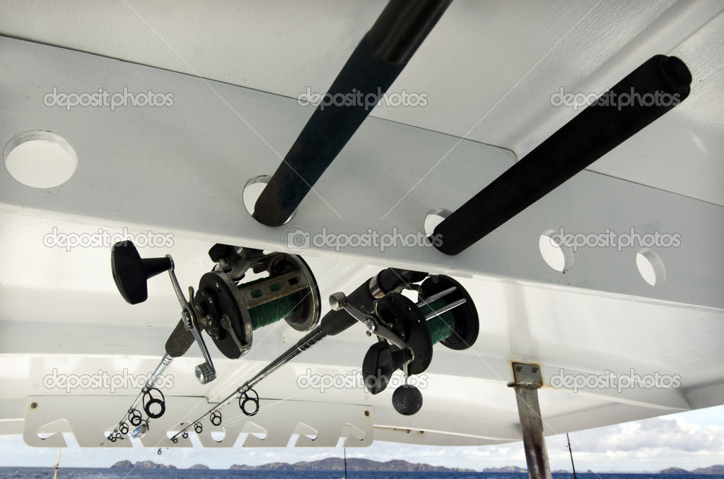 Handle rod and reels for saltwater fishing. — Stock Photo #14939529
