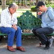 Two men play chess — 图库照片