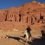 Petra in the Hashemite Kingdom of Jordan — Stock Photo #18286529