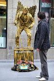 Street performer in Madrid Spain — Stock Photo