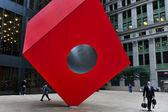 TraNoguchi's Red Cube in Manhattan New York — Stock Photo