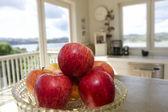 красные яблоки — Стоковое фото