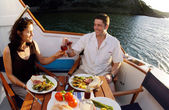 Romantic couple on a yacht — 图库照片