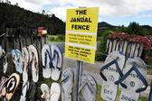 The Iconic Jandal Fence - New Zealand — Stock Photo