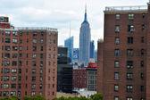 Estado imperio edificio en manhattan nueva york — Foto de Stock