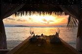 İki kişilik romantik bir akşam yemeği — Stok fotoğraf