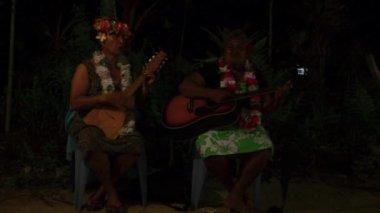 Polynesian Pacific Island Tahitian Music Group — Stock Video
