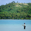 Casting for bonefish in Aitutaki Lagoon Cook Islands — Stock Photo