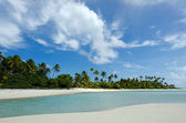 Landscape of of Maina Island in Aitutaki Lagoon Cook Islands — Stock Photo