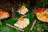 Tropical food served outdoor in Aitutaki Lagoon Cook Islands — Stock Photo