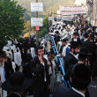 Visitors celebrate Lag B'Omer at Rebbe Shimon Bar Yochai tomb — Stock Photo