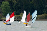 Sailng pequeños barcos — Foto de Stock