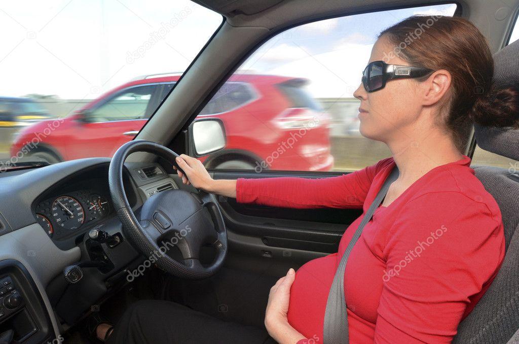 Почему беременным нельзя ездить за рулем 29