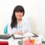 Female Dentist — Stockfoto #36229101