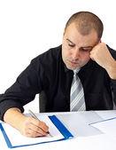 Affärsman gör hårda arbete på kontor — Stockfoto