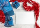 Decoração de natal com caixas de presente azul — Foto Stock