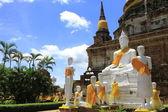 Ancient Pagoda & Ruins buddha — Stock Photo