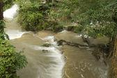 梅雨の時期にエラワンの滝. — ストック写真