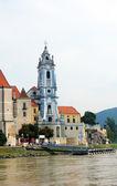 The beautiful Durnstein abbey from the Danube River Wachau Region, Lower Austria — Stock Photo