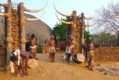 Zulu worriers in Shakaland Zulu Village, South Africa — Stock Photo