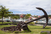 Giant anchor at Gustavia waterfront, St. Barths, French West Indies — Stock Photo