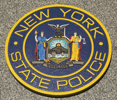 New State Police emblem on fallen officers memorial in Brooklyn, NY. — Stock Photo