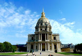 Les Invalides in Paris, chapel Saint Louis des Invalides — Stock Photo