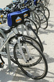 Bike and Roll bicycles ready for tourists in New York — Stock Photo