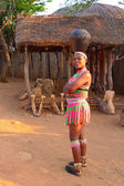Zulu woman in traditional closes in Shakaland Zulu Village, South Africa — Stock Photo