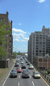 New York City traffic on Brooklyn-Queens Expressway — Stock Photo