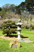 Memorial Lantern for Japanese Americans in Golden Gate Park — Stock Photo