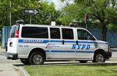 NYPD Auxiliary van in Brooklyn, NY — Stock Photo