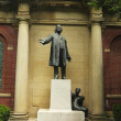 Henry Ward Beecher statue by sculptor Gutzon Borglum at Plymouth Church of Pilgrims — Stock Photo #28956891