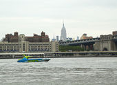 Shark Speedboat in New York Harbor — Stockfoto