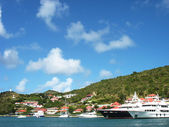 Mega yachts in Gustavia Harbor at St. Barts, French West Indies — Stock Photo