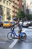 Unknown Citi bike rider in Manhattan — Stock Photo