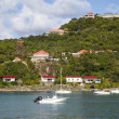 Expensive villas and boats at St. Jean Bay at St Barts, French West Indies — Stock Photo