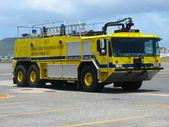 Fire truck in Princess Juliana Airport, St. Maarten — Stock Photo