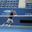 Two times Grand Slam champion Lleyton Hewitt practices for US Open 2013 — Stock Photo
